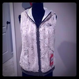 NWT TNF Women's Furlander Vest